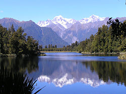 Winter_14_Lake_Matheson.jpg