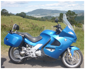 Rent this big BMW 1200 cruising tourer motorbike for the best 2-person riding tour through New Zealand