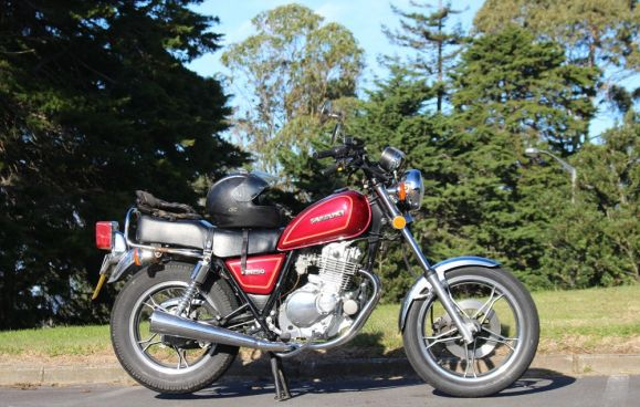 The Suzuki GN250 is easy to ride, lightweight and cheap to hire.