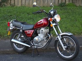 Suzuki GN250 for cheap easy motorcycle rental